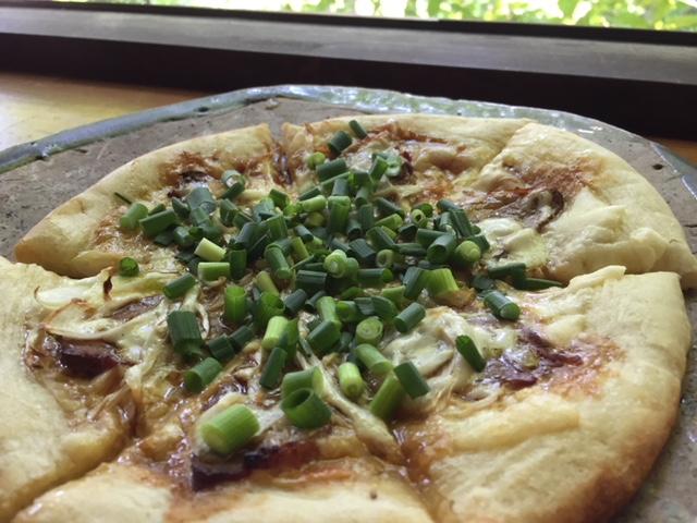 カモとねぎの和風照り焼きピザ  1180円+税